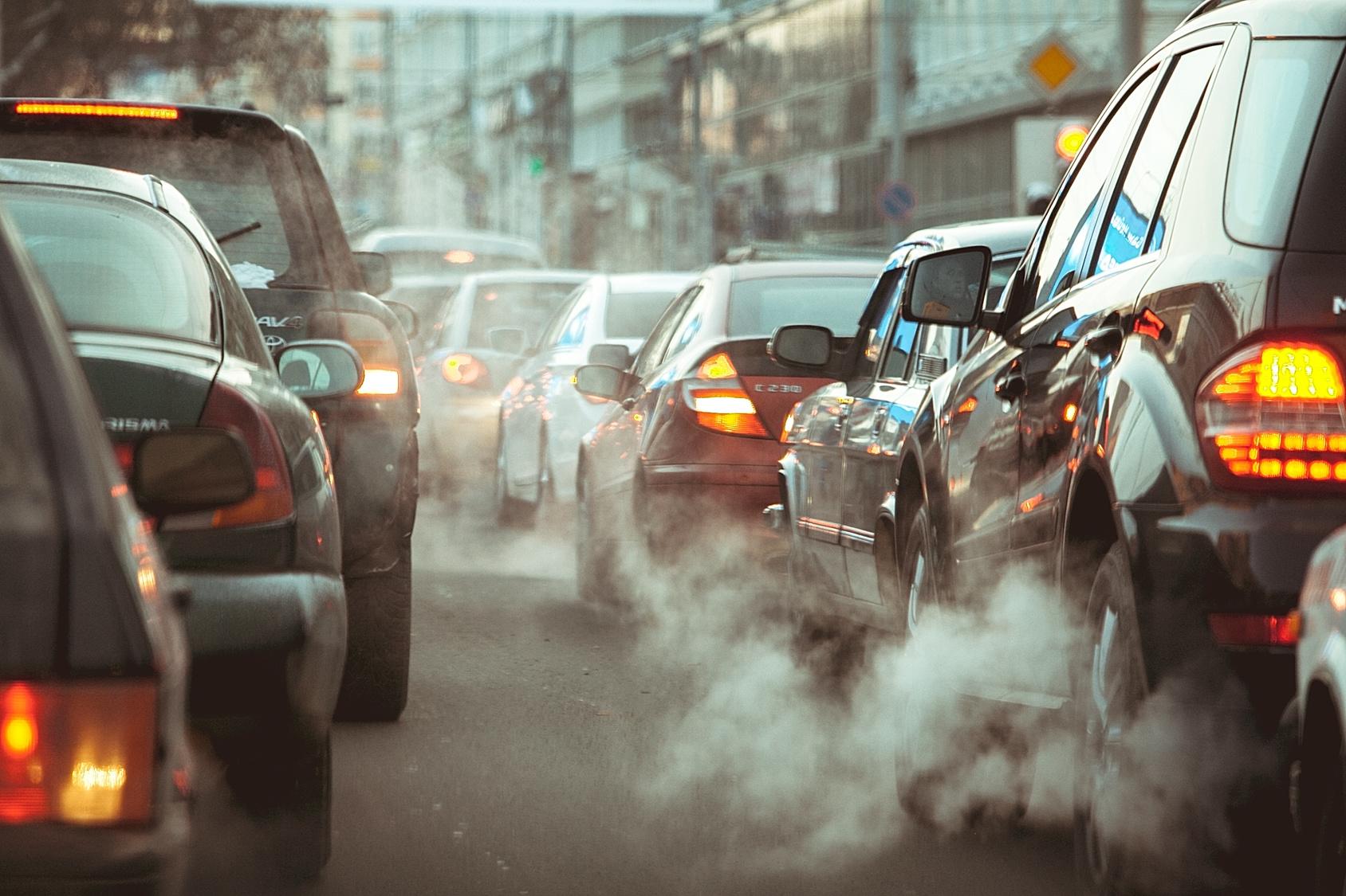 Risultati immagini per car pollution