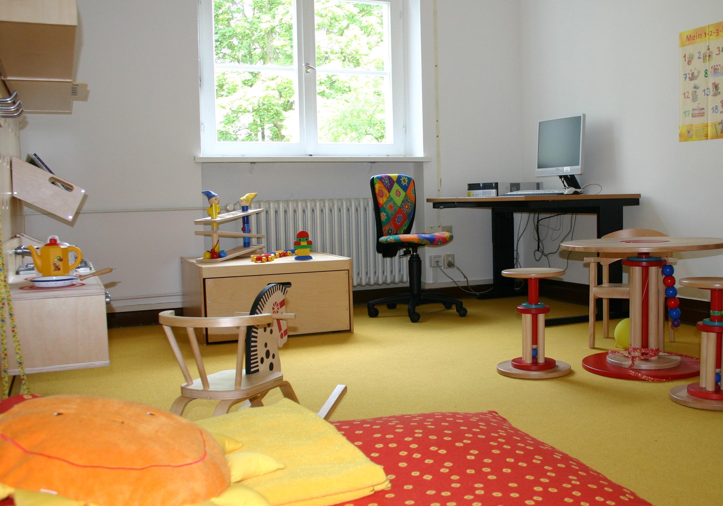 eltern kind arbeitszimmer und kita belegpl tze umweltbundesamt. Black Bedroom Furniture Sets. Home Design Ideas