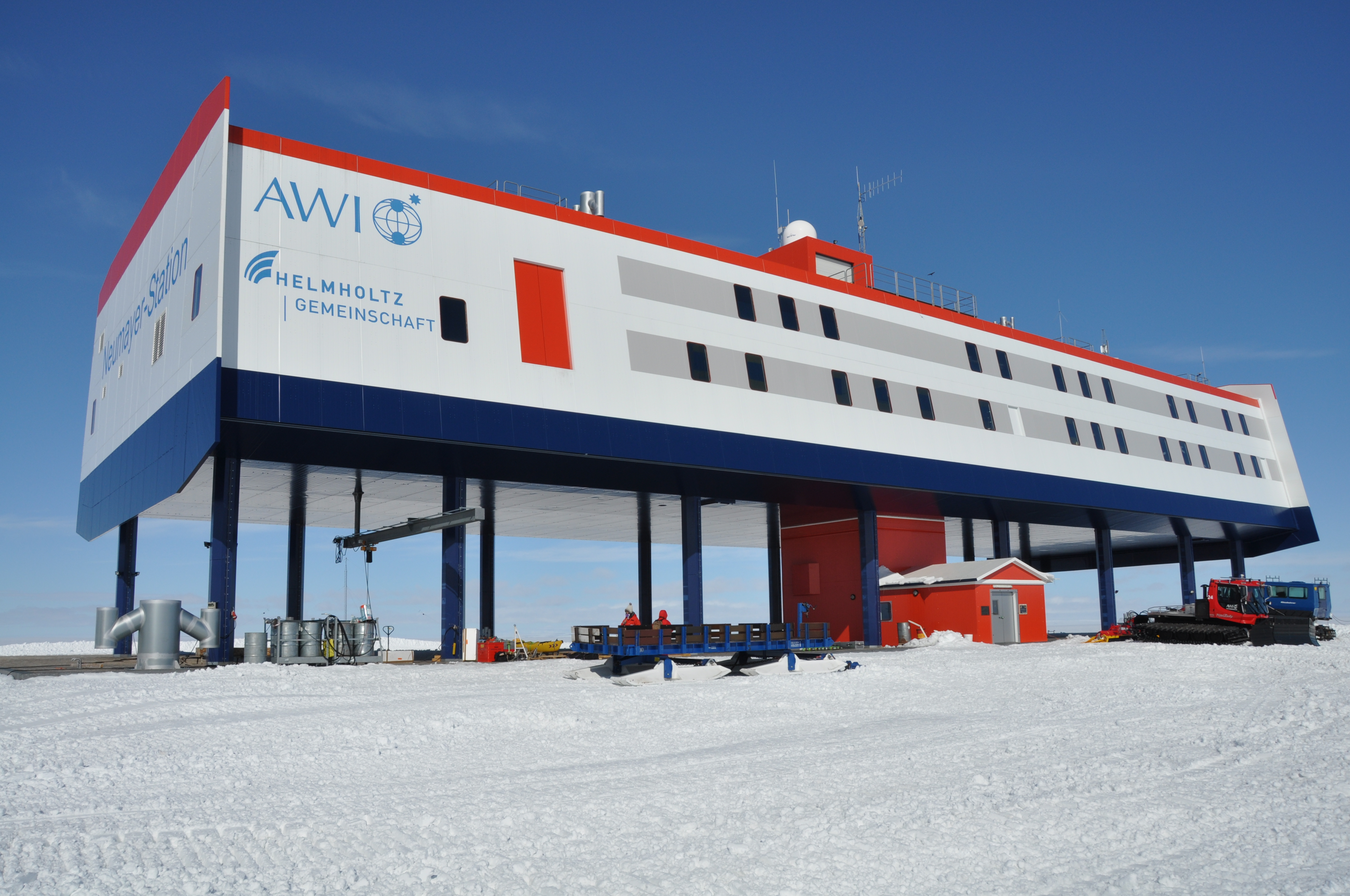 Research and logistics in the perpetual ice | Umweltbundesamt