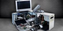 alte Elektrogeräte, wie PC, Computerbildschirm und Laptop