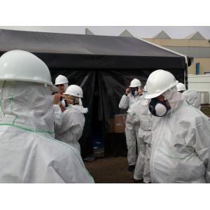 Tragen der Schutzausrüstung bei Sanierungen