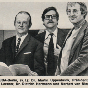 Die Amtsleitung des UBA im Jahr 1975 (v. l.): Martin Uppenbrink, Präsident Heinrich Freiherr von Lersner, Vizepräsident Dietrich Hartmann und Norbert von Nieding (nicht im Bild: Werner Schenkel).