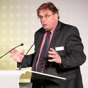 Bundespreis Ecodesign 2014 Dr. Thomas Holzmann hält die Laudatio auf die E-Force One-AG