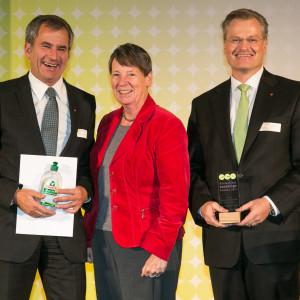 Bundespreis Ecodesign 2014 Dr. Barbara Hendricks mit den Preisträgern der Werner & Merz GmbH