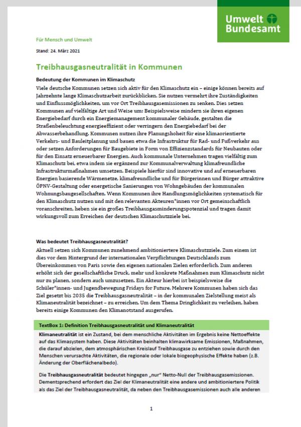 Titelseite des Fact Sheets Treibhausgasneutralität in Kommunen, oben das Logo des Umweltbundesamtes