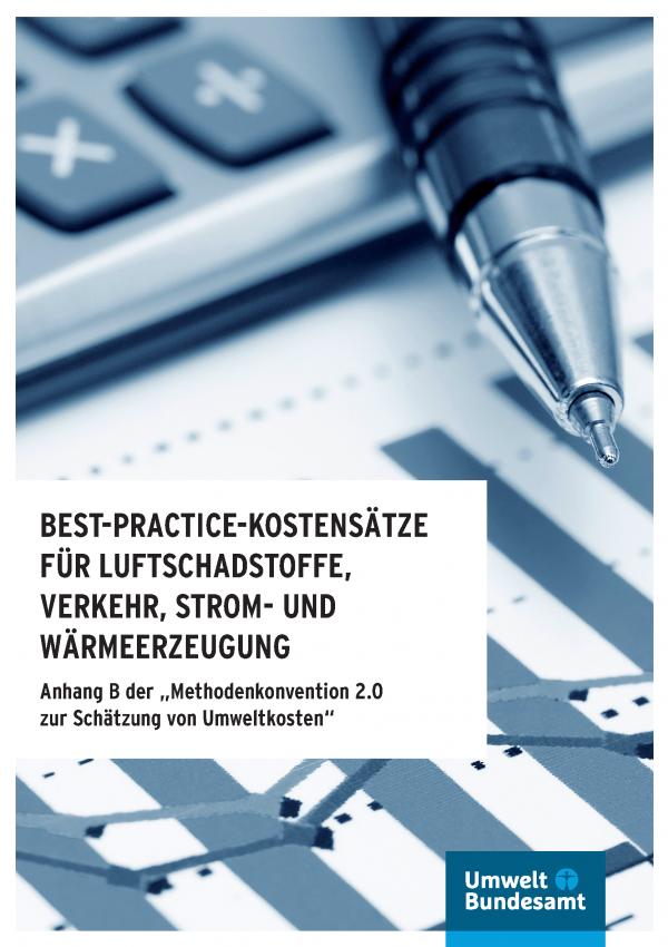 Cover mit Logo des Umqweltbundesamtes und Bild eines Stiftes, der über einem Taschenrechner und einer ausgedruckten Tabelle liegt