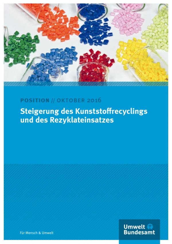 Cover einer Publikation, das Bild zeigt verschiedenfarbige Kunststoffstückchen