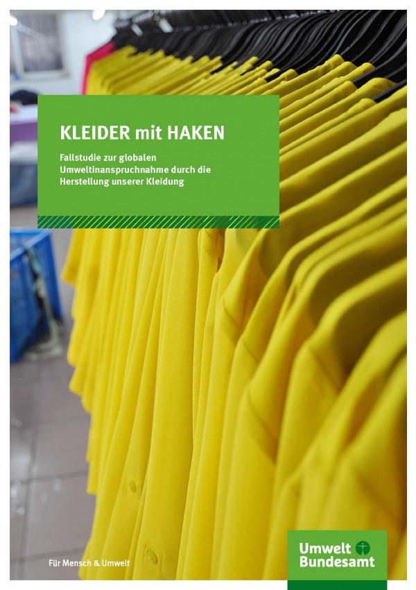 Gelbe Jacken aufgehangen