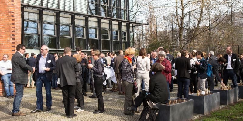 Nach einem vielseitigen Programm geht das 1. UBA Forum mit zufriedenen Gästen zu Ende