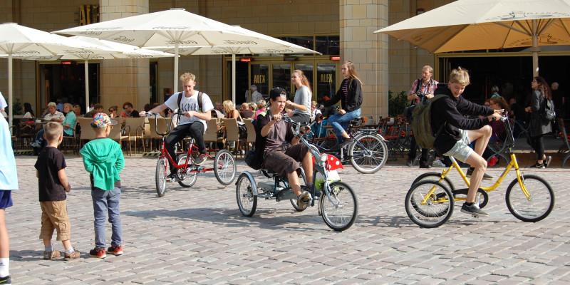 Kinder und Jugendliche erlebten spielerisch nach, was eingeschränkte Mobilität bedeutet