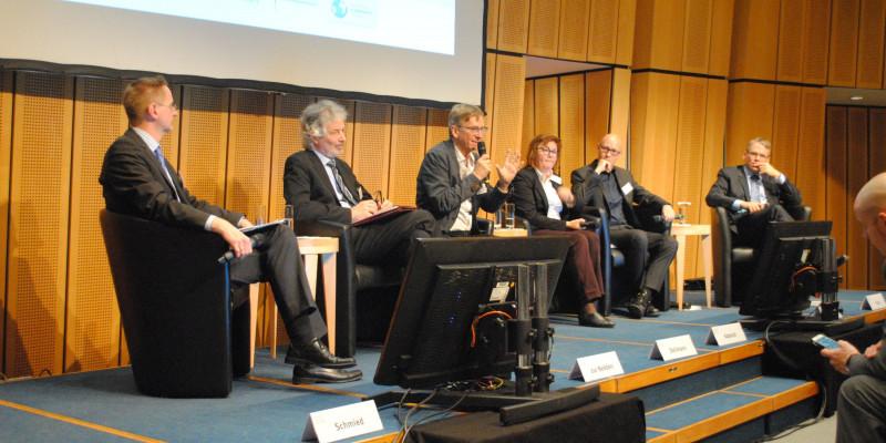 Plenarsitzung: Ressourcenschutz im urbanen Kontext – wie kann das konkret aussehen?