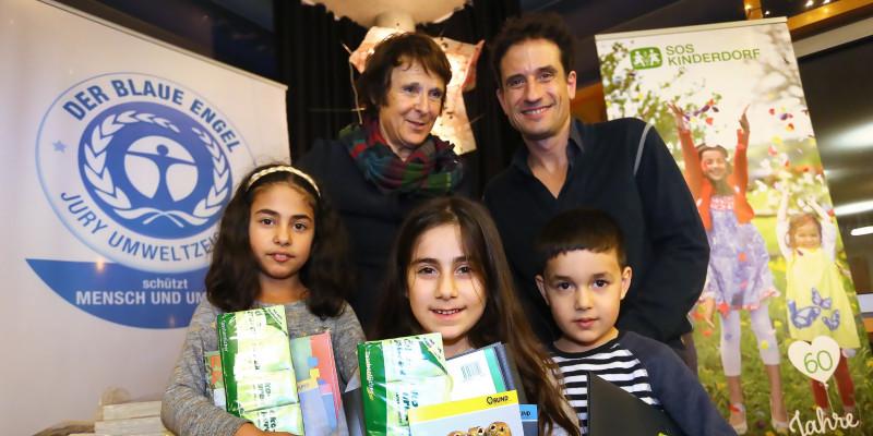 UBA's President Maria Krautzberger and actor Oliver Mommsen at SOS Children's Village Berlin