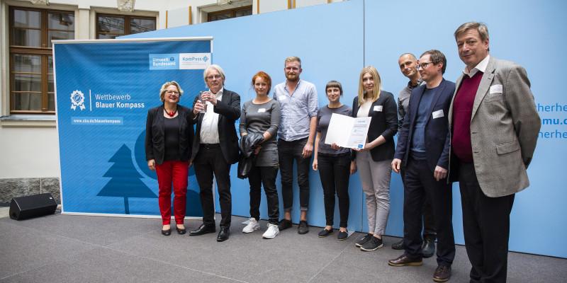 Svenja Schulze ehrt die Universität und Kunsthochschule Kassel