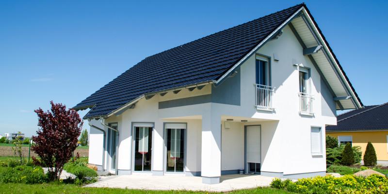 Einfamilienhaus mit Ziergarten