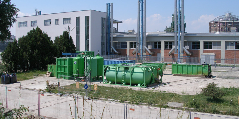 Mobile groundwater treatment plant