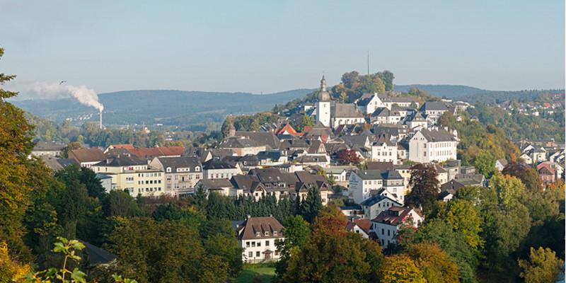 Blick auf die Altstadt von Alt-Arnsberg, die auf einem kleinen Hügel liegt