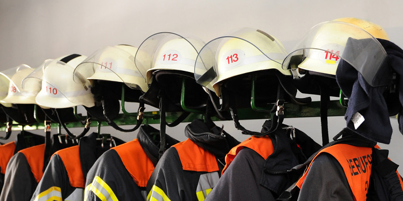 Jackets and helmets of the professional fire brigade