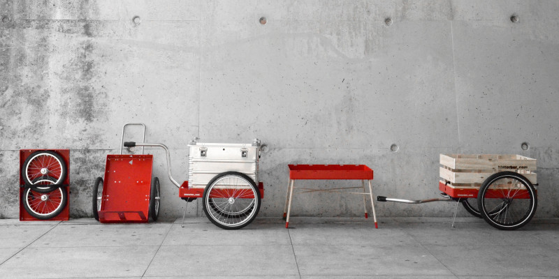 Makes shopping by bike or on foot fun, and saves resources too: the multifunctional H tour trailer.