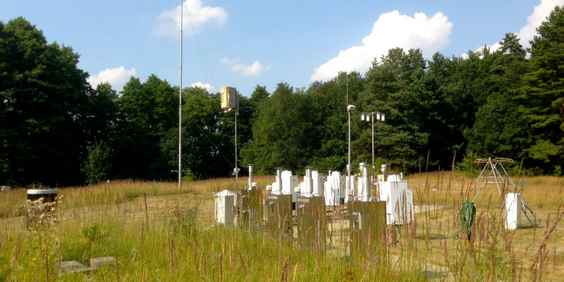 Measuring devices on a meadow