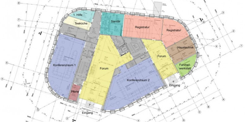 Grundriss-Plan, eingezeichnet sind 2 Konferenzräume, Räume für die Registratur, für 1. Hilfe, Haustechnik, Sanitär, Teeküche und Fahrradwerkstatt. Es gibt zwei Eingangsbereiche und zwei Treppenaufgänge.