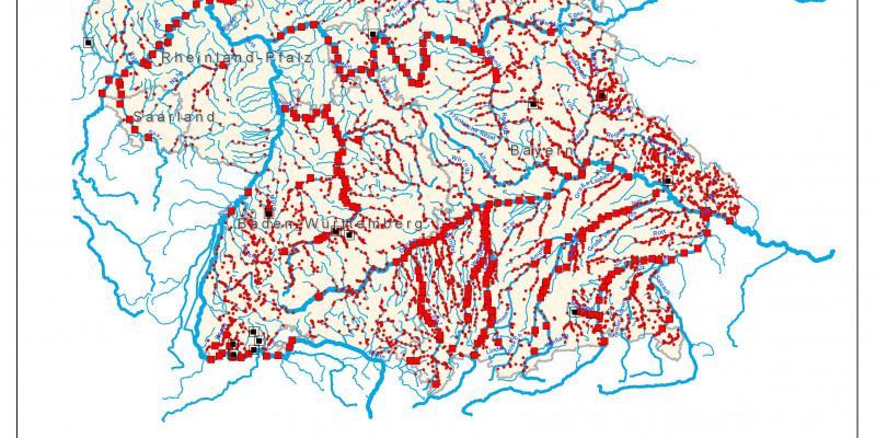 Deutschlandkarte auf der die Standorte der Wasserkraftwerke eingezeichnet sind.