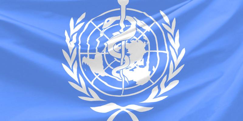 Flagge der Weltgesundheitsorganisation mit Schlange und Äskulapstab auf blauem Hintergrund