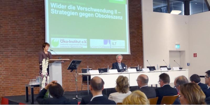 Wider die Verschwendung II - Frau Krautzberger, Präsidentin des UBA,  der Eröffnung