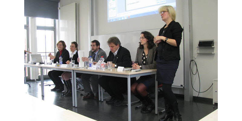 """Event """"Preventing food waste – But how"""": Panel discussion"""