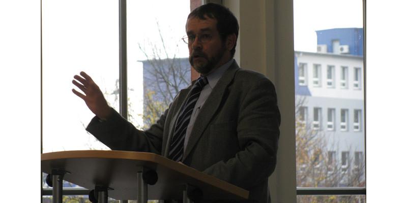 """Veranstaltung """"Lebensmittelabfälle vermeiden – aber wie"""", Einführung Herr Dr. Wuttke, Umweltbundesamt"""