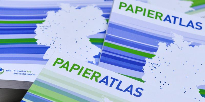 Broschüren zum Wettbewerb Papieratlas