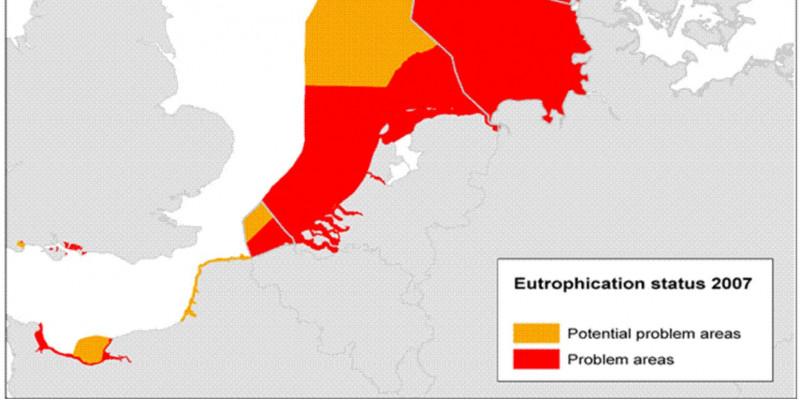Die Gewässer vor der belgischen, niederländischen, deutschen und dänischen Nordseeküste galten im Jahr 2007 allesamt als überdüngt wie auch die dänische und schwedische Küste am Kattegat sowie die schwedische und norwegische Küste am Skagerrak.