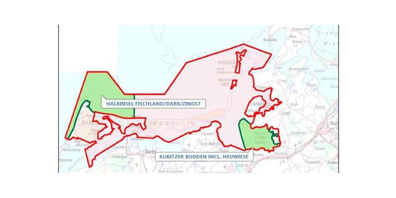 Eine Karte zeigt das Probenahmegebiet, welches die Fläche des Nationalparks Vorpommersche Boddenlandschaft umfasst und sich über eine Landfläche von 118 km² sowie eine Wasserfläche von 687 km² erstreckt.