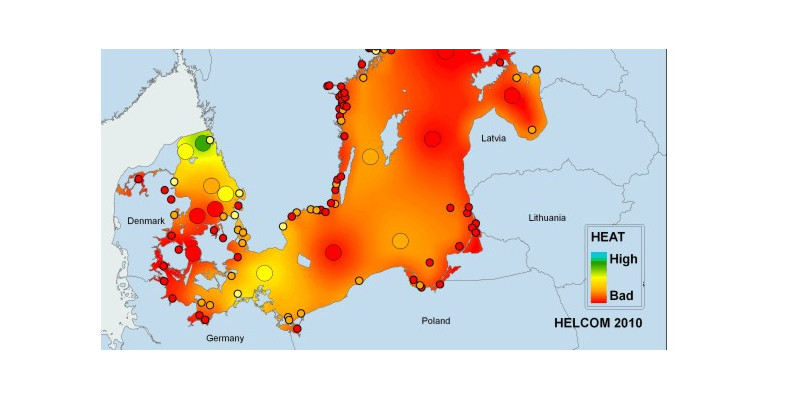 Die Ostsee ist größtenteils überdüngt. Sowohl die Küstengewässer als auch die offene See befinden sich meist – nach der Eutrophierungsbewertung von HELCOM – in einem mäßigen oder schlechten Zustand.