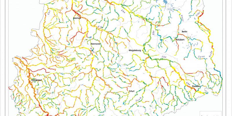 Die Karte zeigt die Veränderungen der Flüsse in Deutschland. Die Flüssen wurden mit den Farben rot, orange, gelb, hellgrün, dunkelgrün, hellblau und dunkelblau markiert. Blau = gar nicht verändert Rot= Stark in die Struktur eingegriffen