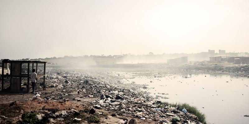Müllhalde mit Elektroschrott