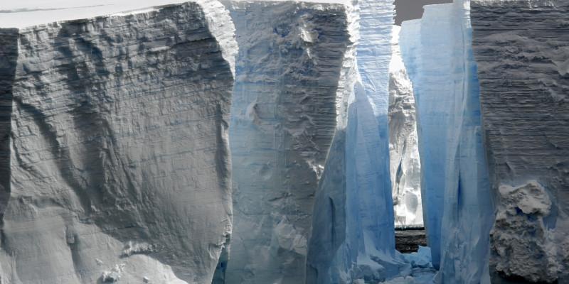 Spalte in einem Gletscher