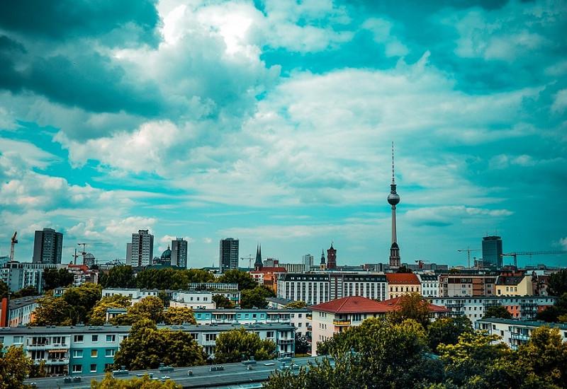 Das Bild zeigt das Stadtpanorama von Berlin