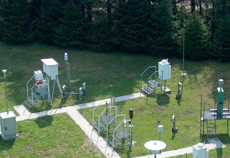 Staub- und Niederschlagssammler Messfeld - Messstation Schmücke Thüringer Wald