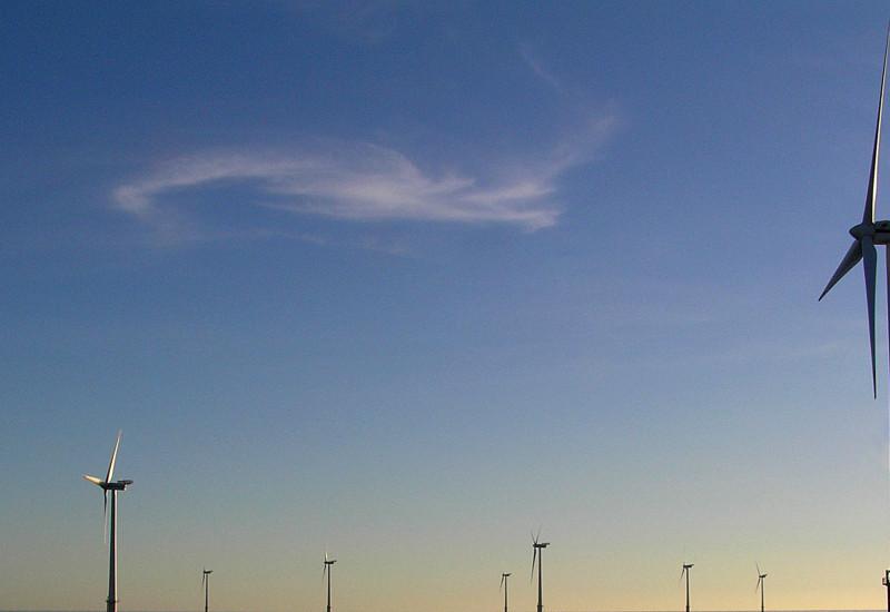 Offshore-Windkraft-Anlagen im Meer