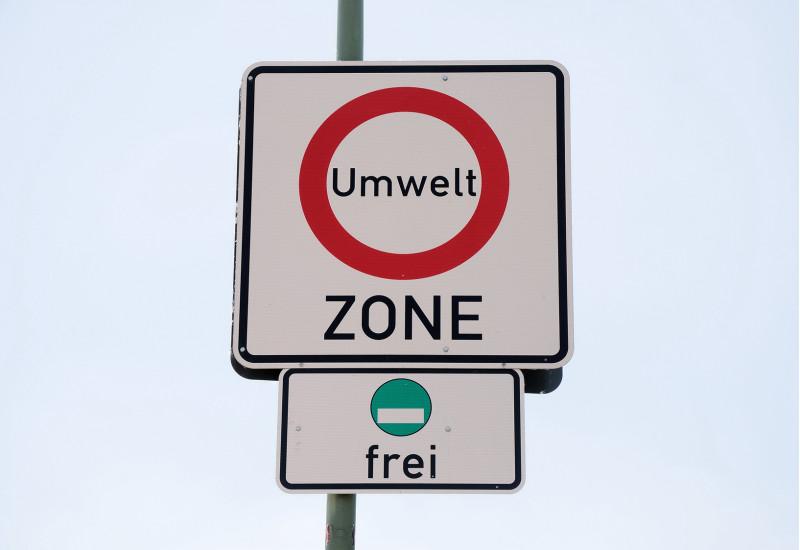"""Straßenschild """"Umweltzone"""", grüne Plakette frei"""
