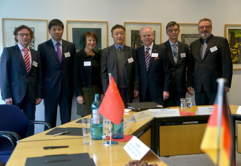 Dr. Hans-Hermann Eggers, LUI Zunwen, Maria Krautzberger, XI Junqing, Dr. Wolf D. Karl, Dr. Ulf Jaeckel, Klaus Brückner