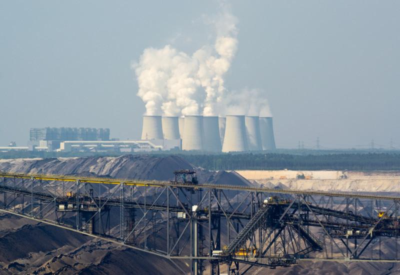 Blick auf das Kohlejkraftwerk in Jänschwalde