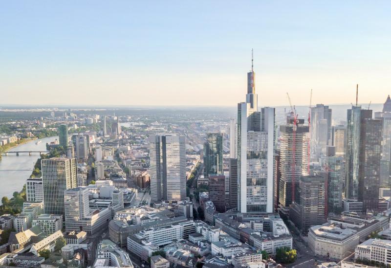 Große Stadt von oben