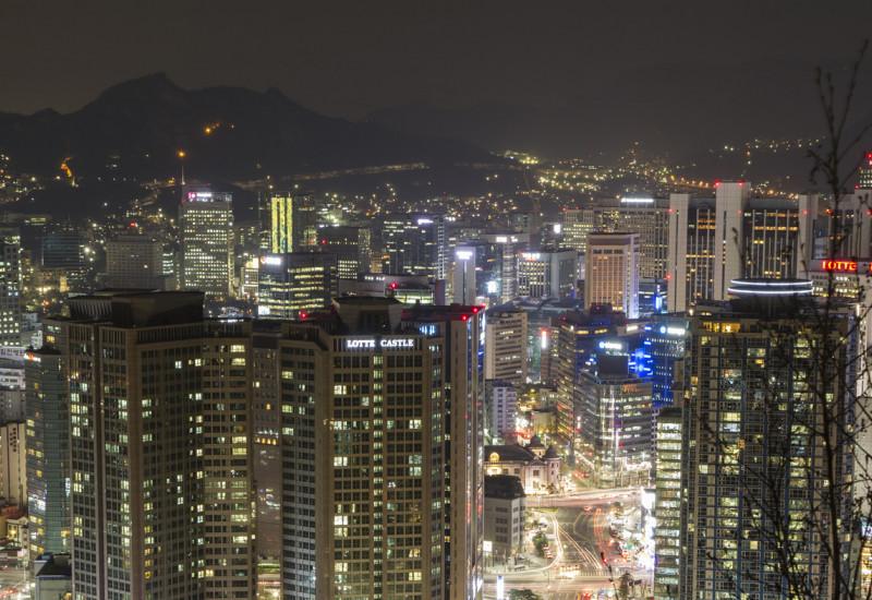 Großsstadt bei Nacht