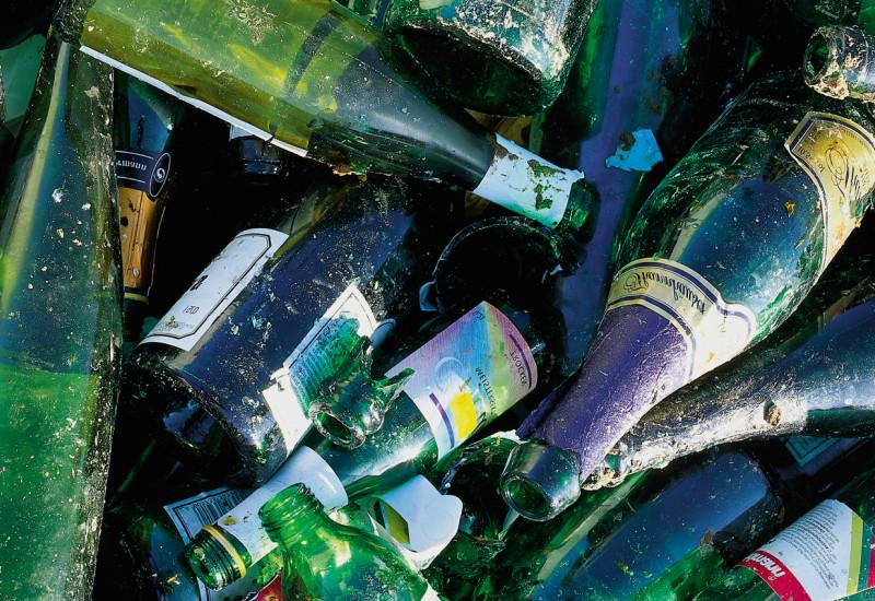 Grünes Altglas