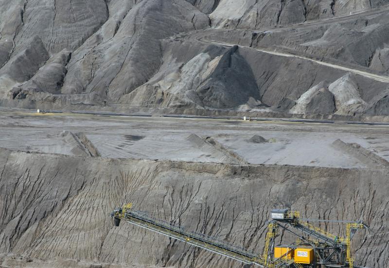Tagebau mit Bagger
