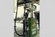 """Tankstellen-Zapfsäule mit der Aufschrift """"bleifrei SUPER"""""""