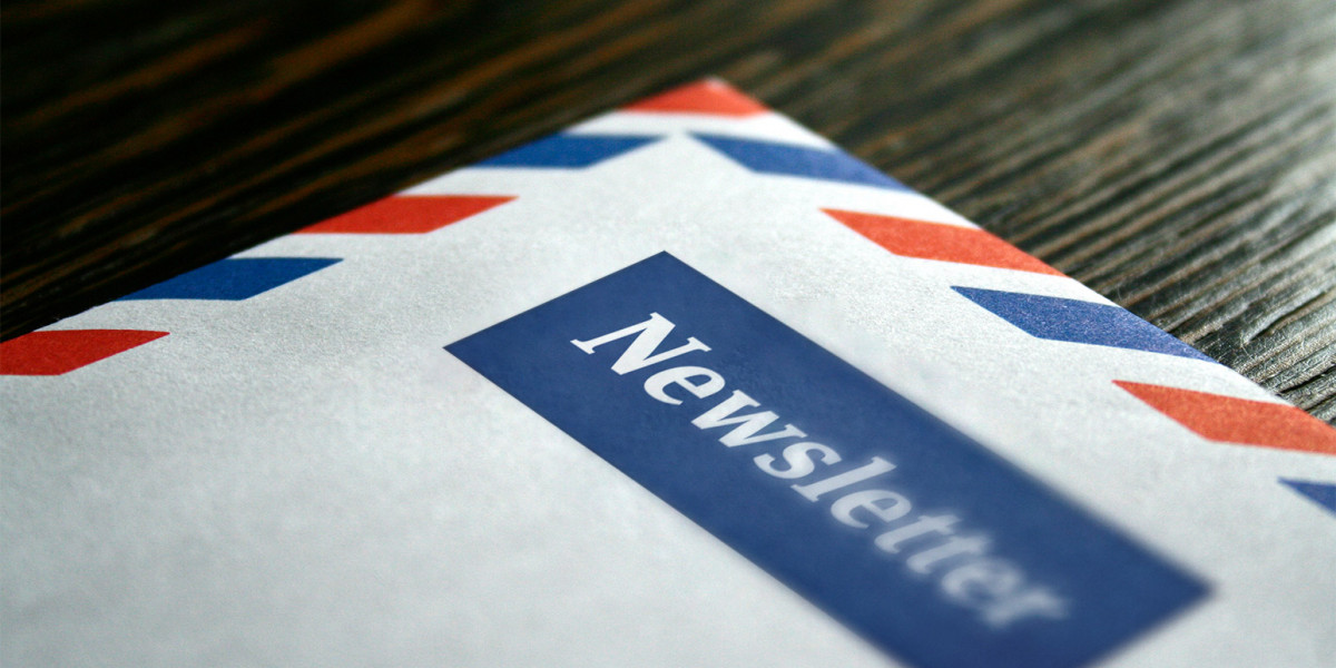 """Luftpostbrief auf dem """"Newsletter"""" steht"""